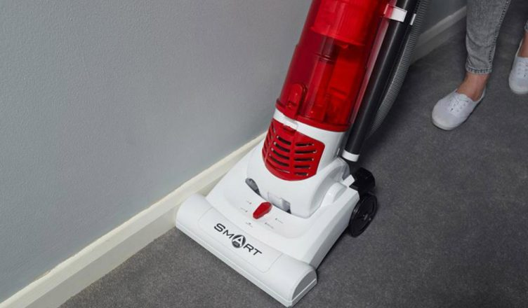 Review Hoover Th71sm01001 Bagless Upright Smart Vacuum