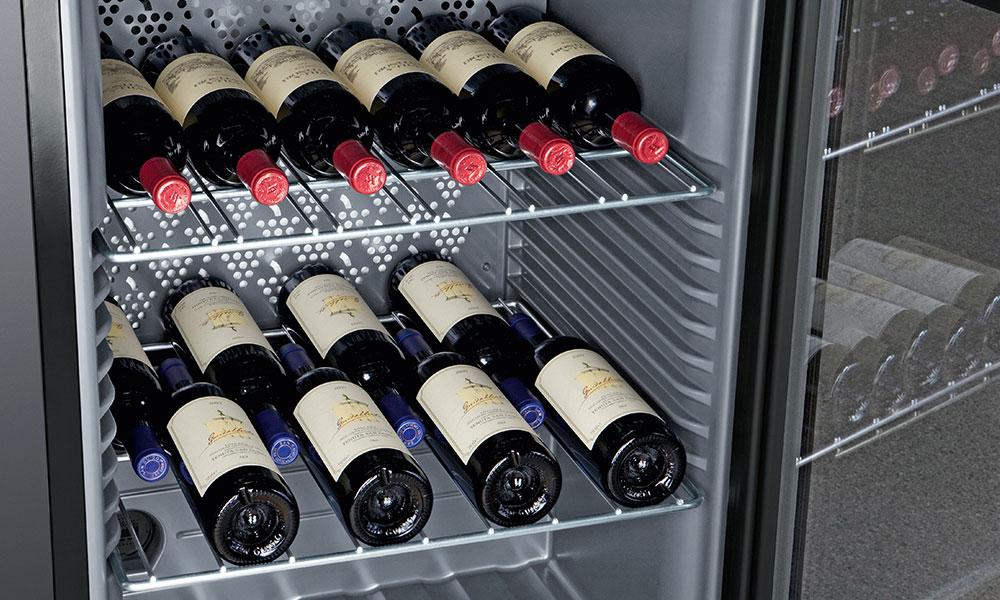 Liebherr WKB1812 Bottles